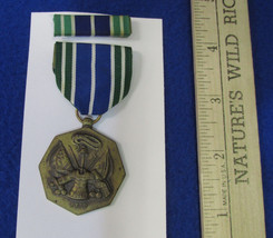 Vintage US Army Military Achievement Medal & Bar Blue Green White Stripe Ribbon  - $14.10
