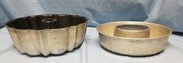 LOT OF 2 VINTAGE BUNDT BAKING PANS - ₨526.93 INR
