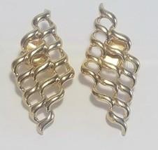 Vintage AVON Pierced Earrings ' GOLDEN BILLOW ' Gold tone 1990 - $12.22