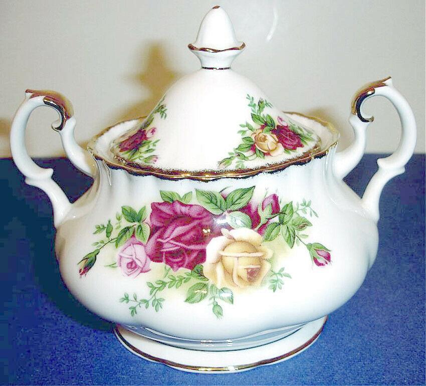 Royal Albert Old Country Roses Covered Sugar Bowl New - $58.90