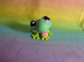 2007 Littlest Pet Shop Green Frog Purple Magenta Propeller Eyes #479 - $6.92