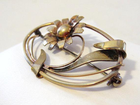 Vintage Art Deco 1/20 12kt on S/S flower brooch