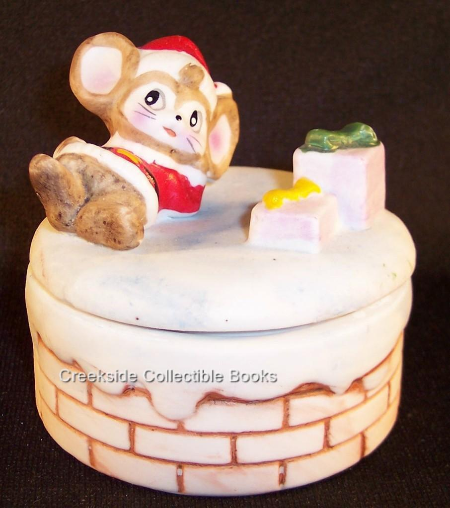 Primary image for Vintage Homco Christmas Mice Santa Box Bisque