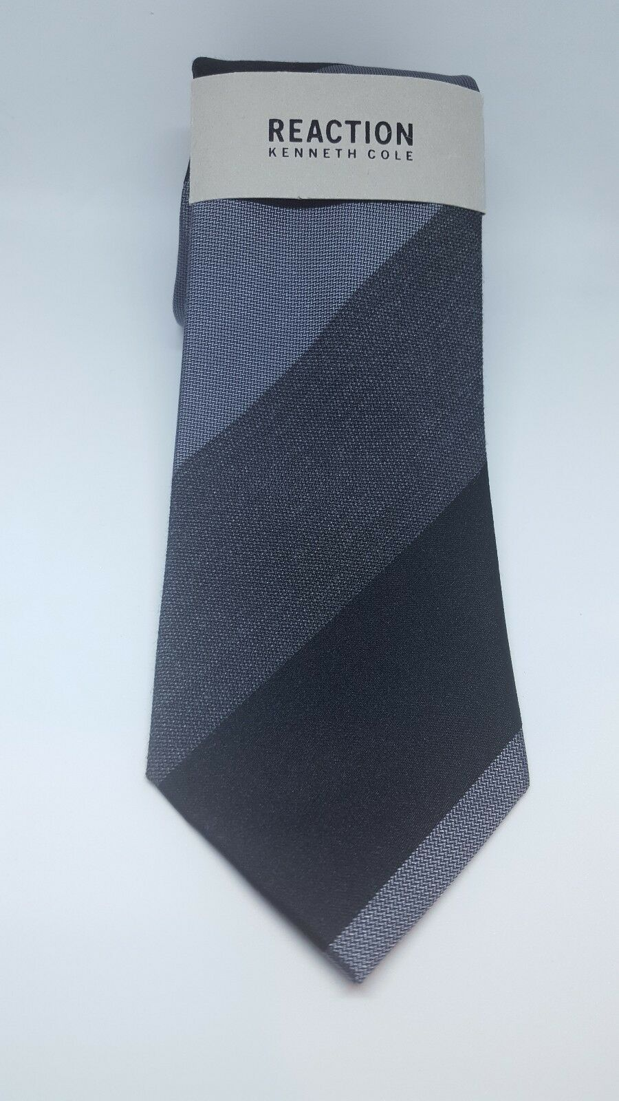 NEW Reaction Kenneth Cole Men's Classic Neck Tie Highland Stripe Black/Gray