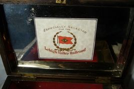 Wonderful Wood Lehigh Valley Cigar Box Lined in  Metal image 6