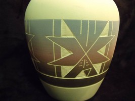 "JEANNE HIGH ELK SIGNED SIOUX 10"" DOUBLE NECK MATTE POTTERY INCISED VASE - $24.75"