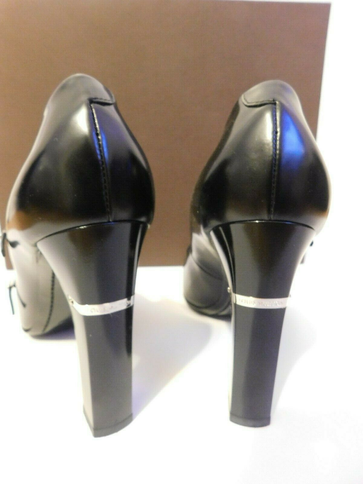 LOUIS VUITTON BLACK PUMPS SIZE 38.5 AUTHENTIC  image 5