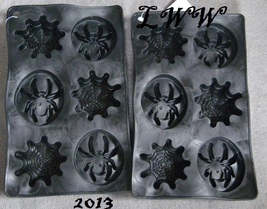 2 Black Halloween Spider and Spider Web-shaped Ice Cube Trays NEW - $4.99