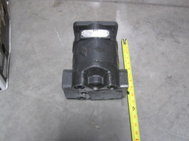 PARKER COMMERCIAL 323-9210-092 HYDRAULIC PUMP image 2