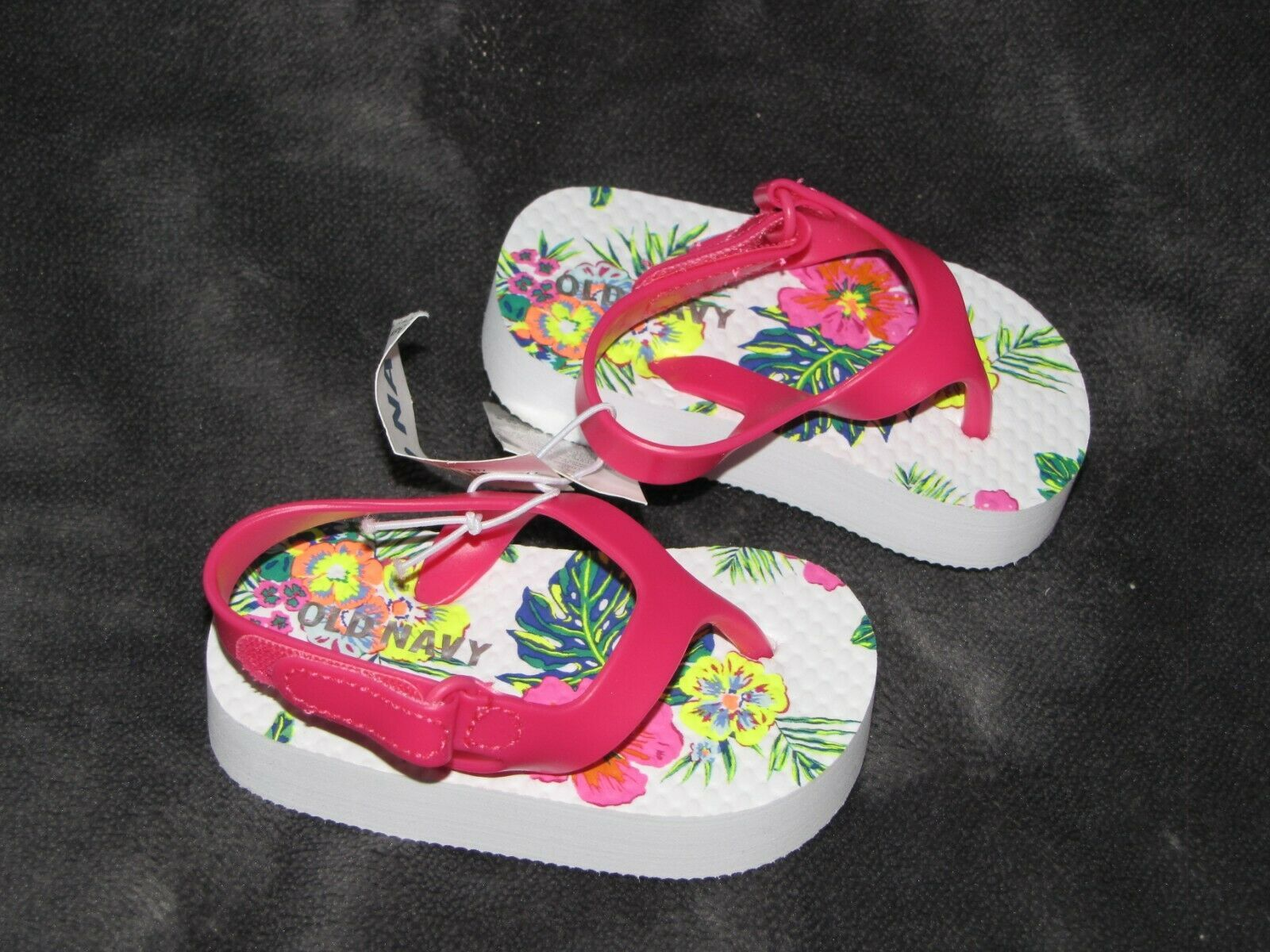 OLD NAVY BABY GIRL TROPICAL HAWAIIAN SANDALS HOT PINK SWIM SUMMER CLOTHES 3-6