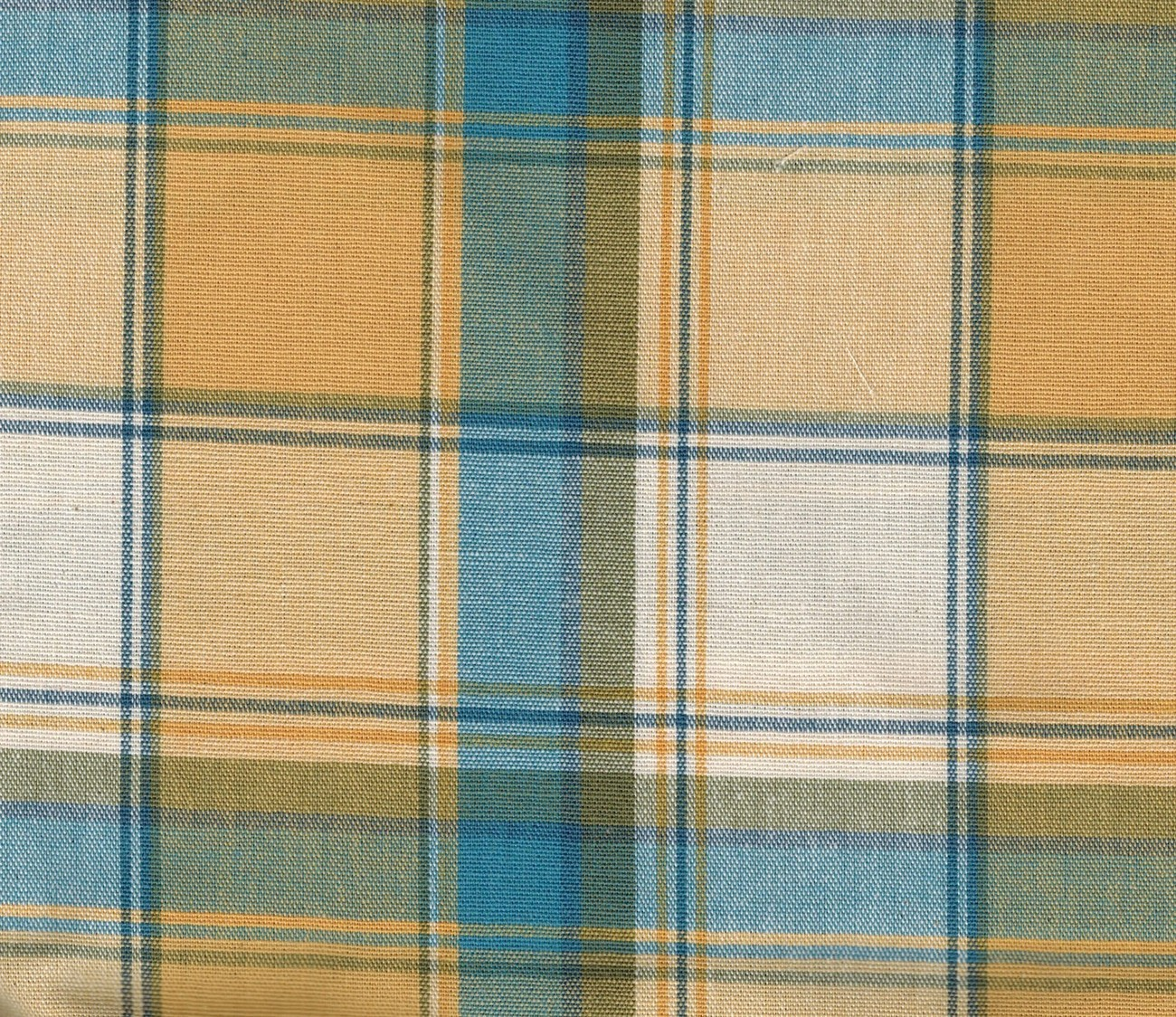 Longaberger Extra Large Oval Picnic Liner in Cornflower Plaid Fabric