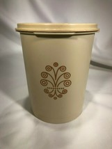Vintage Tupperware 811-14 Kitchen Canister w/ Lid Free Shipping - $9.90