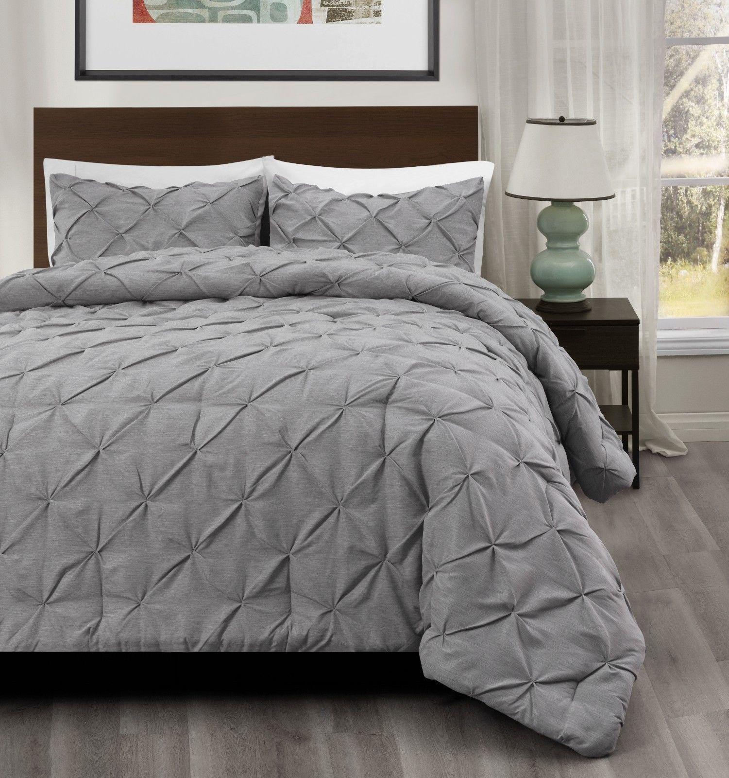 master 3pc pinch pleat comforter set light grey pintuck pattern bedding set comforters sets. Black Bedroom Furniture Sets. Home Design Ideas