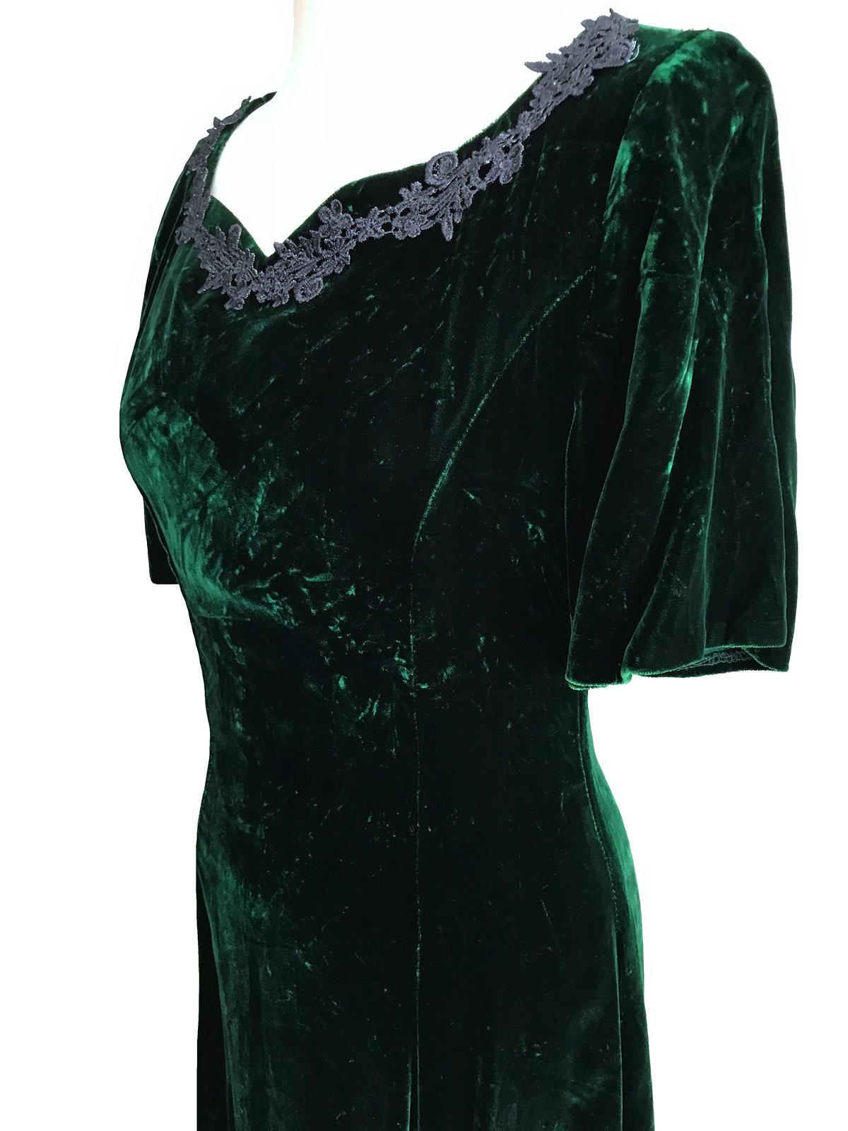 Vintage Crashed Velvet Forest Green Heart Shaped Crochet Lace Trimmed Full Lengt image 6