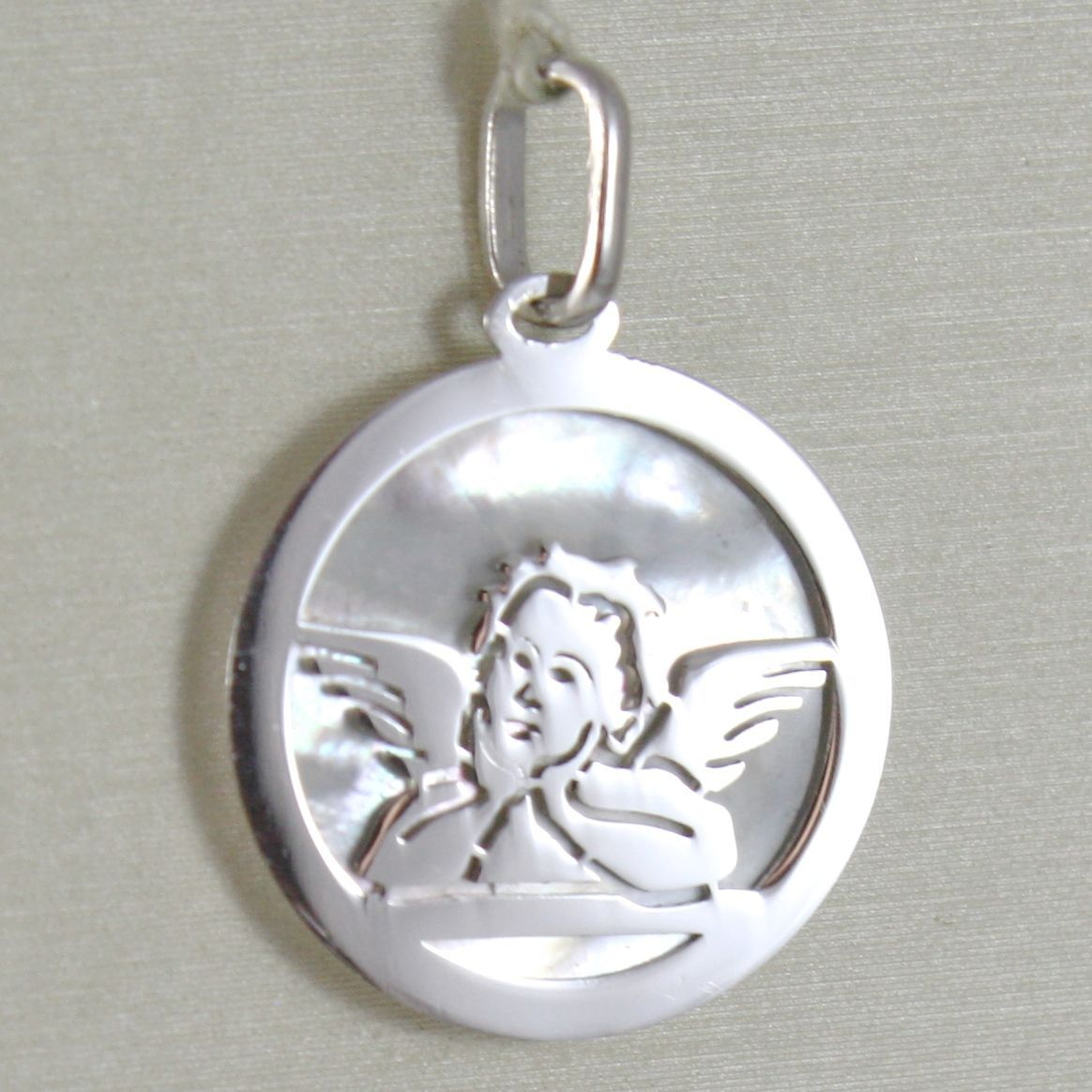 PENDANT MEDAL WITH ANGEL GUARDIAN WHITE GOLD 750 18K AND NACRE