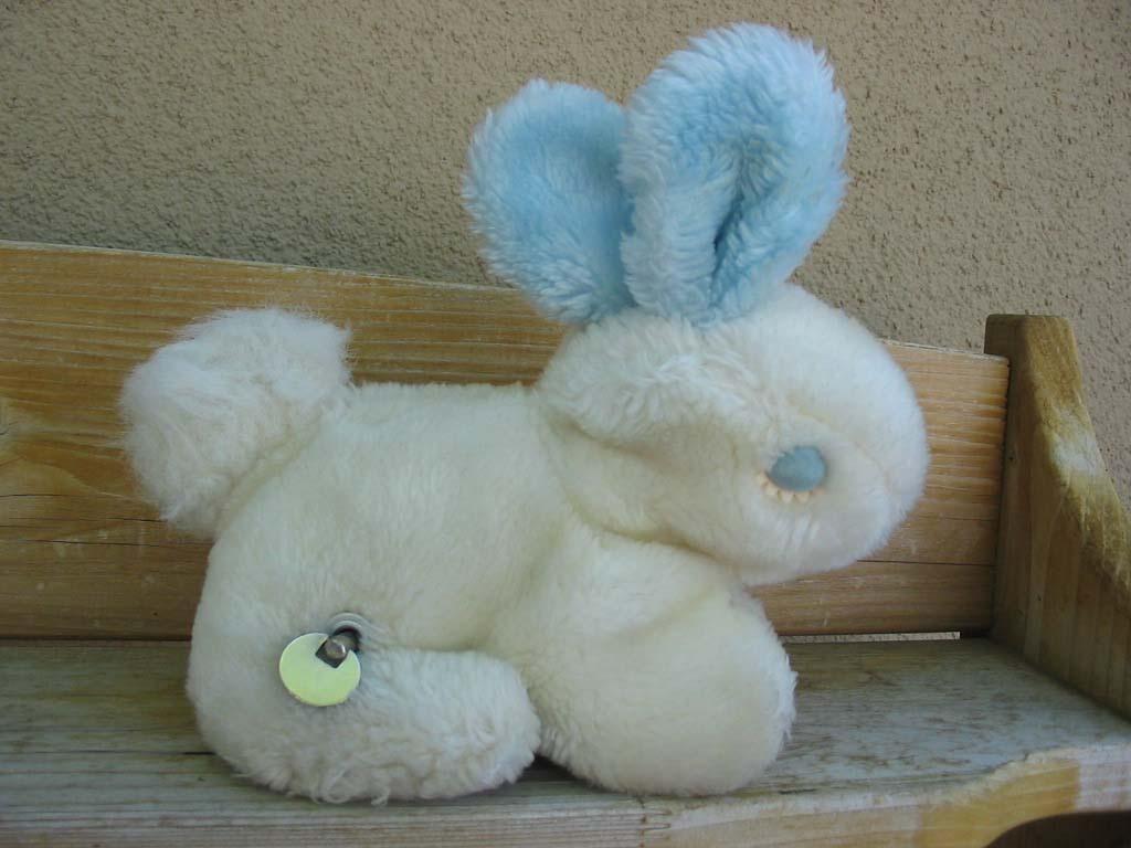 vintage eden plush bunny rabbit windup peter cottontail