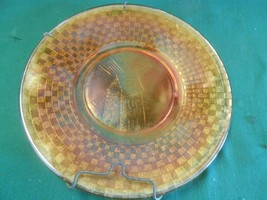 Great DUTCH WINDMILL Design Carnival Glass MARIGOLD Plate with Wall Hanger - $9.49