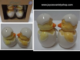 MWAH Magnetic Salt & Pepper Shakers Kissing Baby Chickens NIB Free Shipping - €8,80 EUR