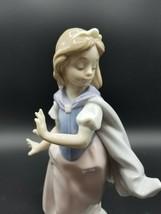 """Lladro """"Young Princess"""" 6036 w Box - $217.69"""