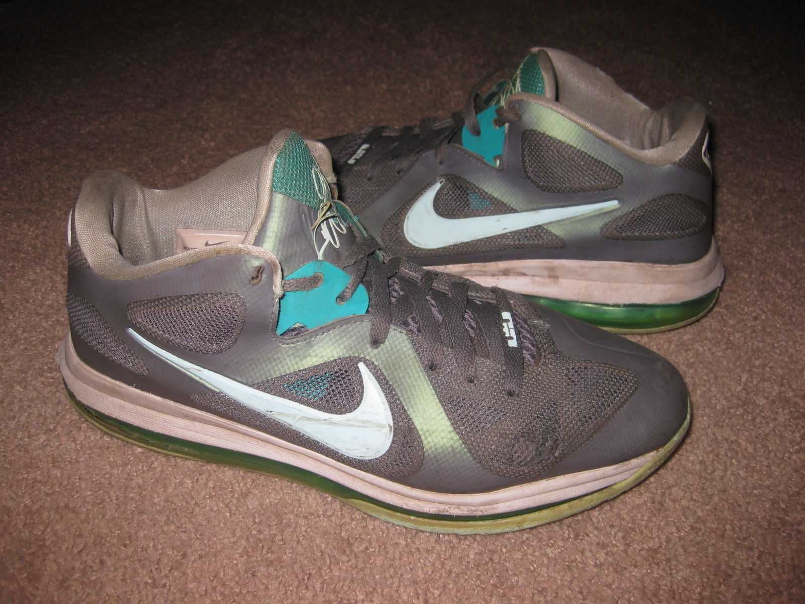 "784317b4fde NIKE Mens SIZE 9 LeBron 9 Low ""Easter"" and 50 similar items"