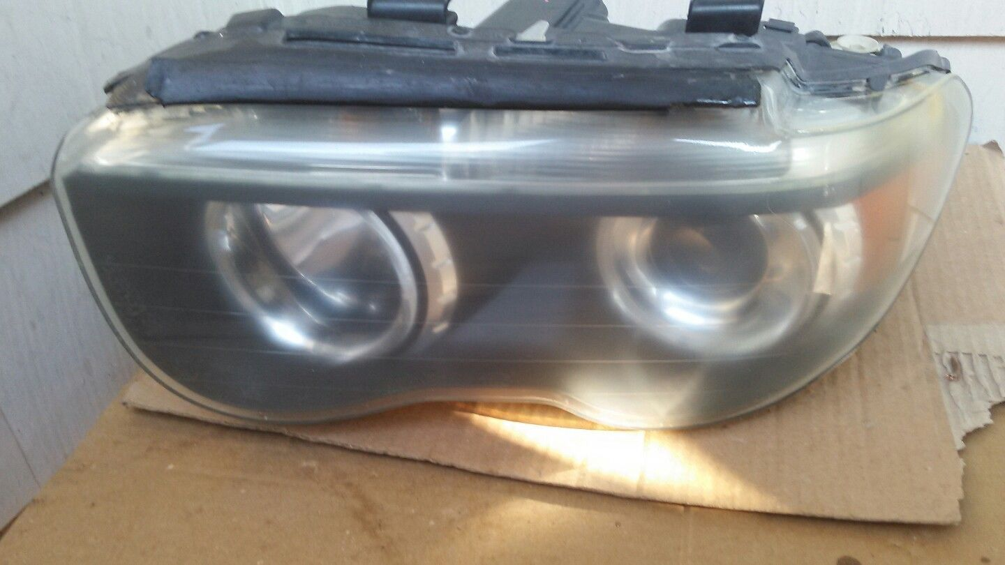 Headlight Headlamp Driver Side Left LH NEW for 04-05 Cadillac Deville