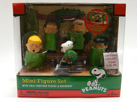 PEANUTS MINI FIGURE SET W/ FOLD TOGETHER RISERS & BACKDROP CHRISTMAS DEC... - $24.88