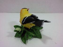 THE LENOX GARDEN BIRD COLLECTION American Goldfinch (1987) Fine Porcelain image 6