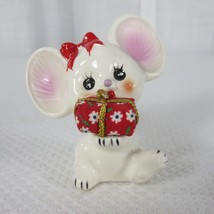 Vintage Josef Originals Christmas White Gil Mouse Presents Figurine - $29.66