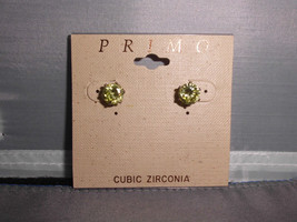 VTG Primo Signed Green Cubic Zirconia Stone  Round Cut Gold Tone Earrings - $11.88