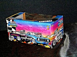 2005 NASCAR Action Camaro Muscle Machine #20 1:24 scale stock car image 2