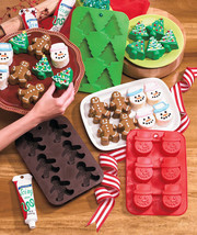 Set Of 3 Silicone Christmas Bakers - $16.50
