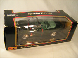 1:18 Scale MAISTO Jaguar XK8 Green SPECIAL EDITION 1990's *Great* [Y24] - $18.24