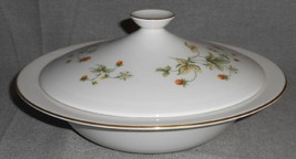 1977 Royal Doulton Strawberry Cream Pattern Covered Casserole Made In England - $79.19