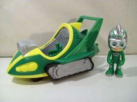 Pj Masks Gekko Speed Booster Vehicle With Gekko Action Figure Just Play - $15.63