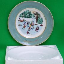 1975 Avon 4th Edition Christmas Plate By Enoch Wedgwood (England) - $4.95