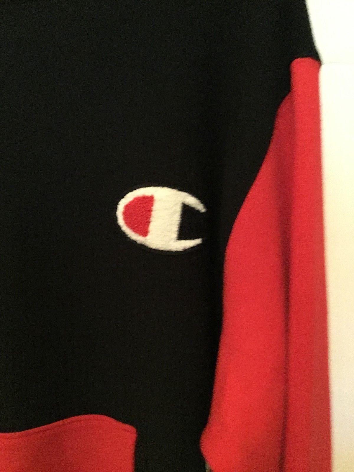 Champion Reverse Weave Red & Black Sweatshirt Crewneck L Multi Color Logo/Pocket