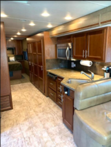 2015 Forest River Legacy 300 FOR SALE IN Centennial, CO 80112 image 5