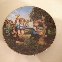 "M.J. Hummel Collector's Plate 1989 ""Apple Tree Boy Girl""by Danbury Mint ... - $11.83"
