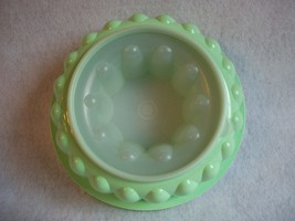 Tupperware 1202 Green Jel N Serve Jello Mold with Seal 1203 - $1.62