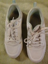 Easy Spirit Anti Gravity Lace Up Tennis Shoes Sneakers White Size 6M EUC! - $26.16 CAD