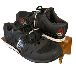 Reebok CrossFit Women's Size 7 CF74 Black/ White Training Shoes - $37.39