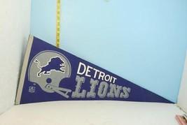 Vintage Detroit Lions Football Blue & White Pennant - $9.89