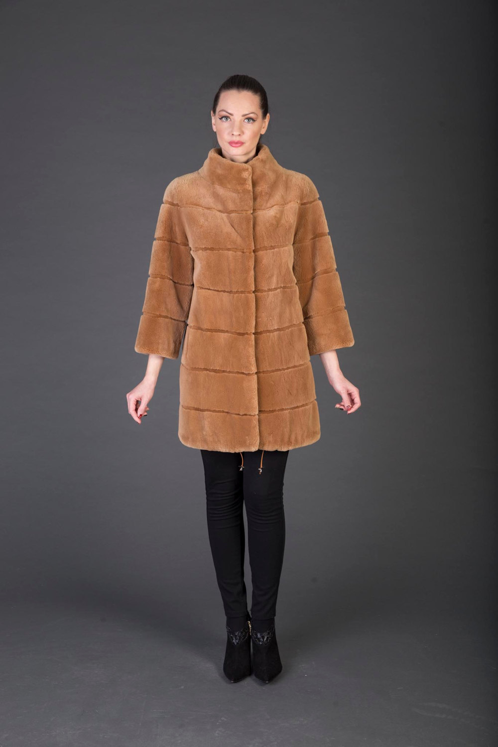 Primary image for Luxury gift/Light Brown Beaver Fur Coat / Wedding,or anniversary present/MEXA