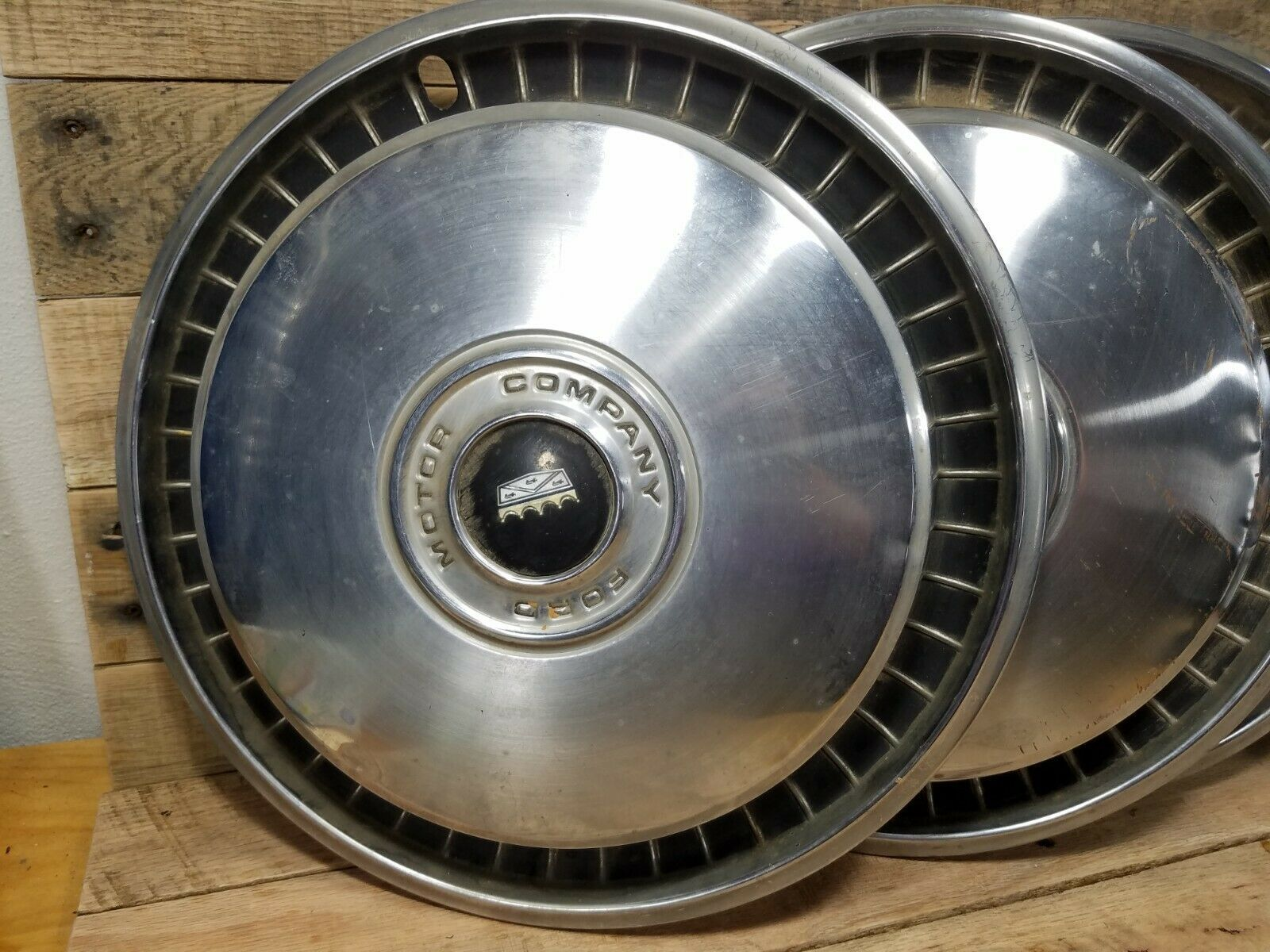 "Primary image for Vintage Set Of 4 1969-74 Ford 15"" Hubcaps F100 F150 Truck E100 Van"