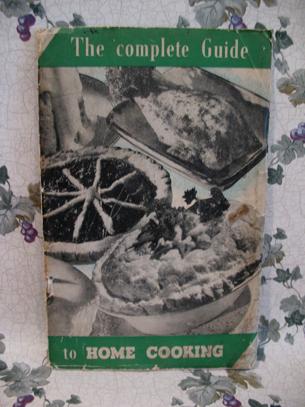 Primary image for Vintage London Complete Guide Home Cooking Cookbook Recipes Cookery UK British