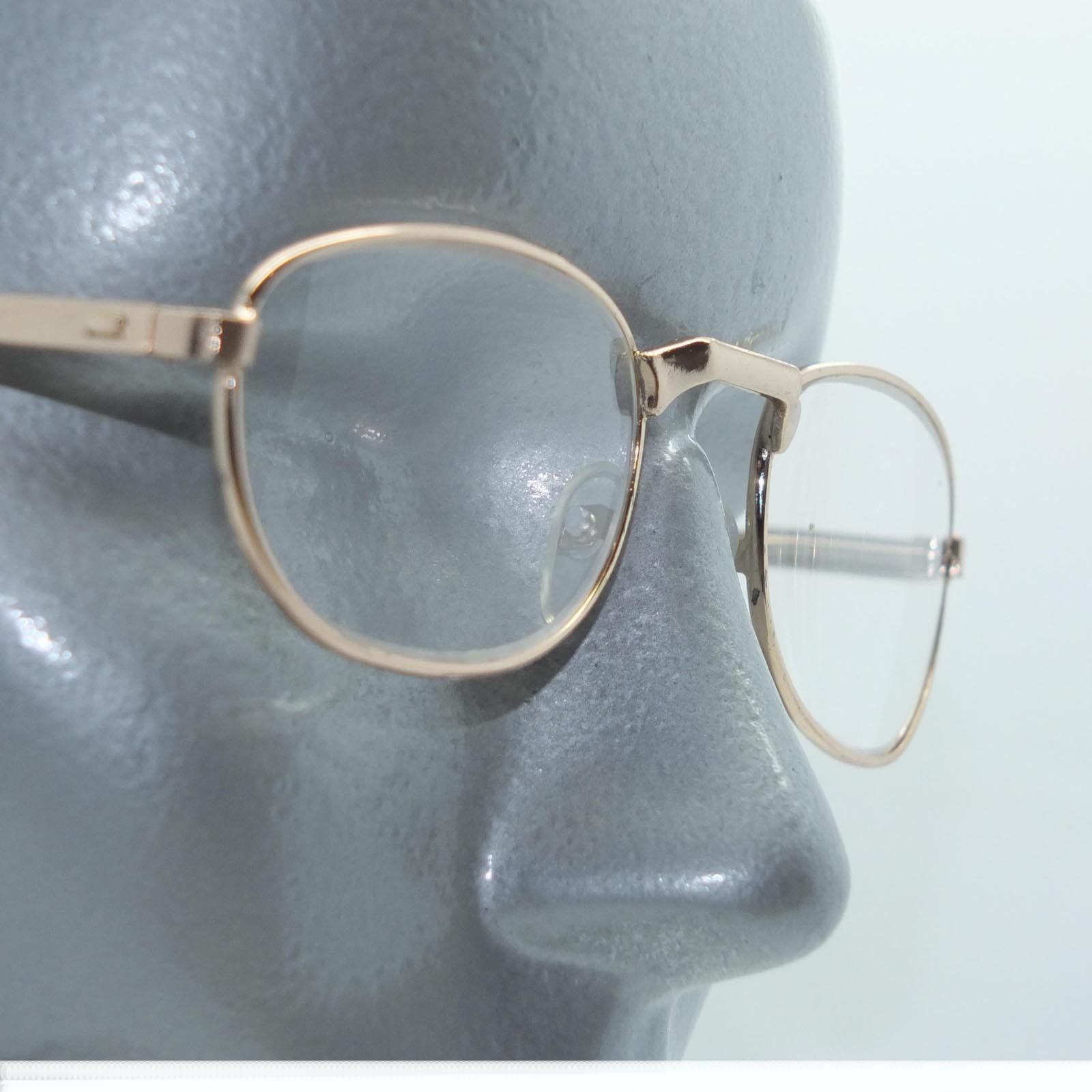 74744f03cd0 S l1600. S l1600. Previous. Petite Oval Style Angle Bridge Reading Glasses  Gold Metal Frame +2.50 Lens