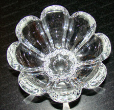 Heavy Lead Crystal Blooming Open Nut, Candy Dish (Daisy, Flower) - $28.22