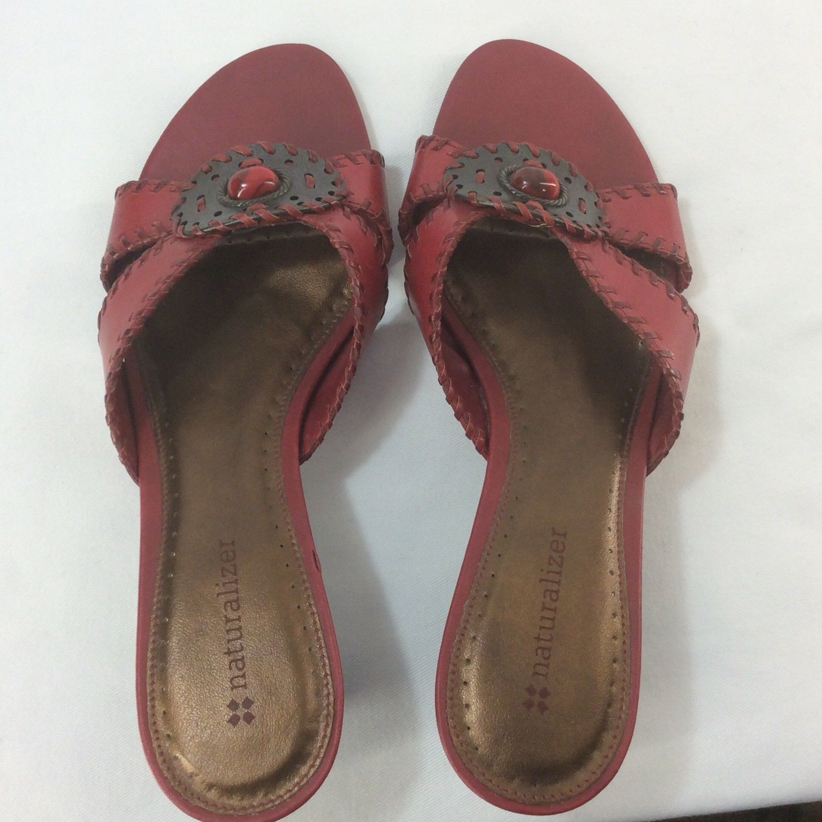 4e2b5bd59cc7 New Naturalizer Red Leather Strapless Mules Size 6N Made In Brazil Padded  Bed