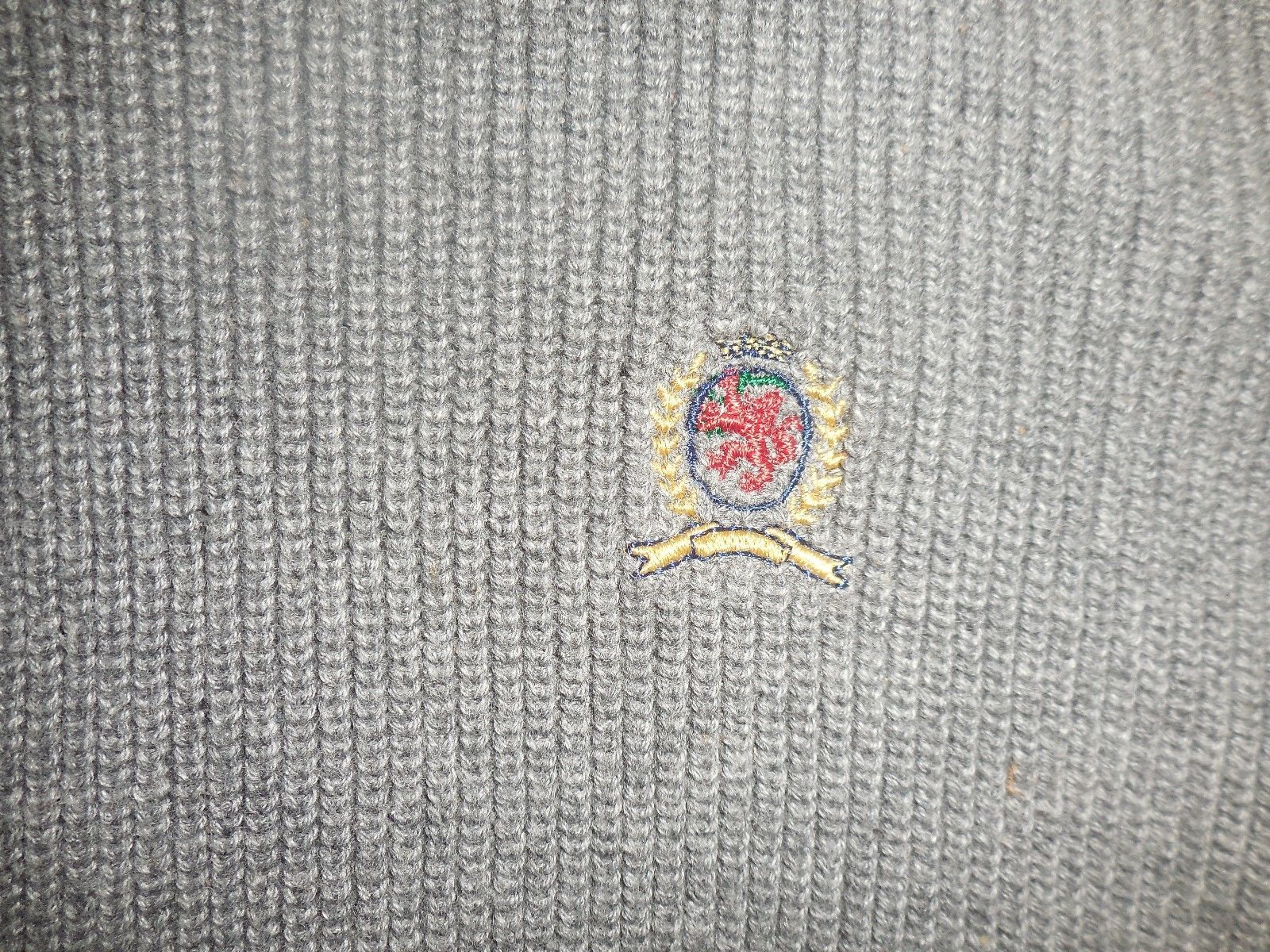 Tommy Hilfiger M Gray Knit V-Neck 100% Cotton Pullover Sleeveless Sweater Vest image 5