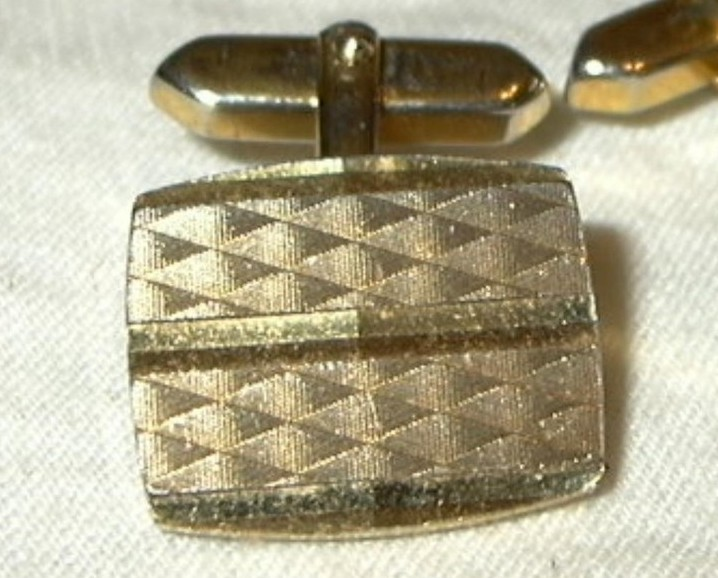 jc77 Vintage Diamond Cut Gold toned Cufflinks Rectangle Cuff Links